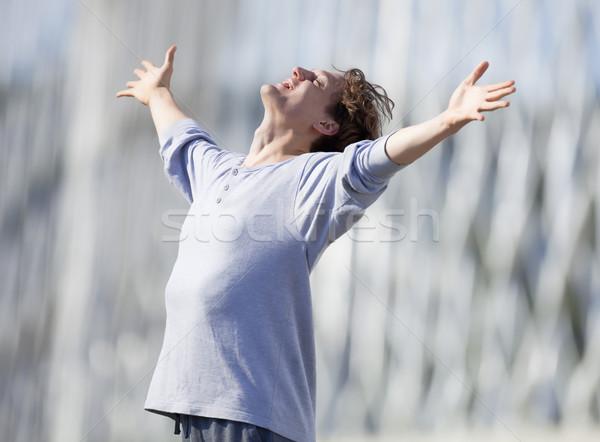 Сток-фото: возбужденный · молодым · человеком · из · руки · эмоций