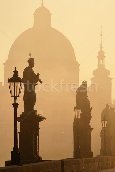 моста Прага рассвета туманный утра город Сток-фото © courtyardpix