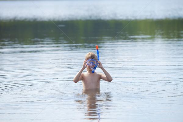 Fiú kész búvárpipa tó sport nyár Stock fotó © courtyardpix