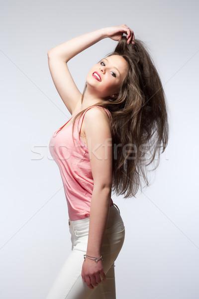 Belo longo cabelo castanho mulher olhos Foto stock © courtyardpix