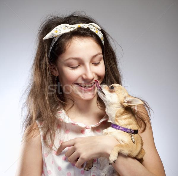 Portret dziewczyna mały psa oczy włosy Zdjęcia stock © courtyardpix