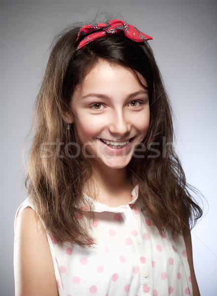 Ritratto ragazza capelli castani occhi bellezza femminile Foto d'archivio © courtyardpix
