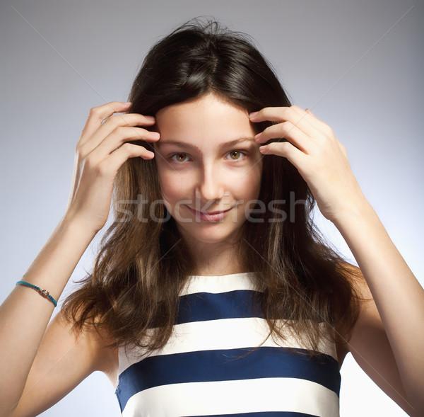 Portret dziewczyna brązowe włosy oczy piękna kobiet Zdjęcia stock © courtyardpix