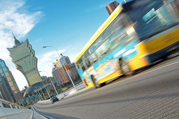 Forgalom nap üzlet város fény utca Stock fotó © cozyta