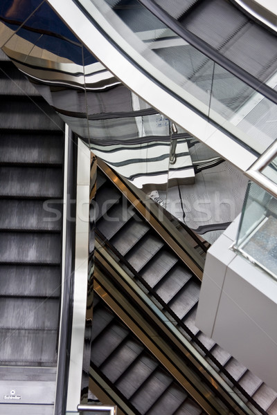 Roltrap gebouw business bouw licht Stockfoto © cozyta