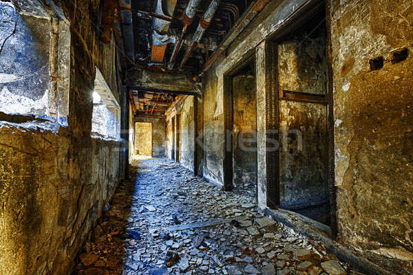 Ruines usine dommage vieux abandonné ruiner Photo stock © cozyta