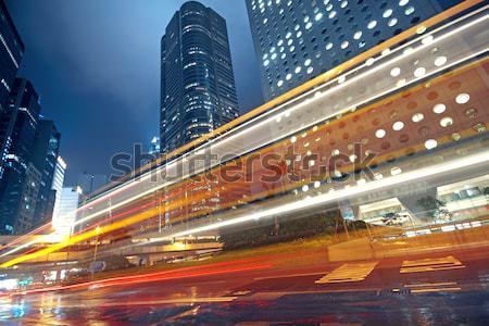Trafik ışığı sokak modern bina gökyüzü ağaç Bina Stok fotoğraf © cozyta