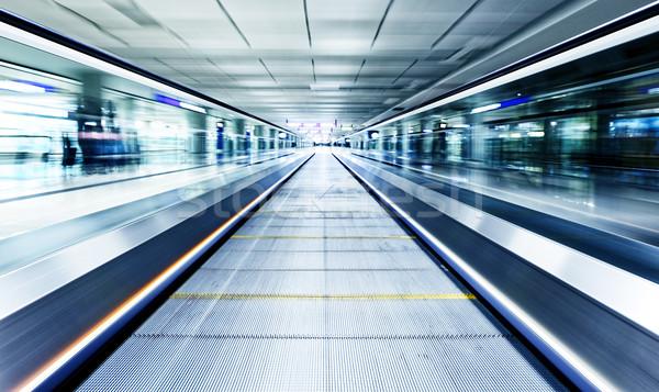 Symmetrisch bewegende Blauw roltrap binnenkant tijdgenoot Stockfoto © cozyta