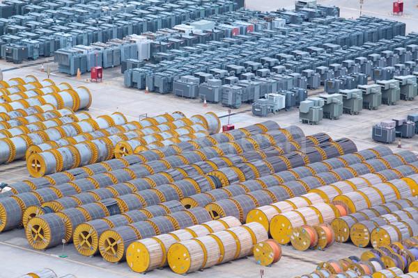 Stock fotó: Elektromosság · kábel · fából · készült · sok · transzformátor · padló
