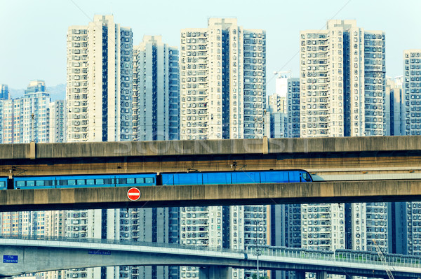 Ciel train suivre modernes Hong-Kong Photo stock © cozyta