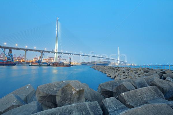 Сток-фото: контейнера · моста · Гонконг · небе · деньги · здании