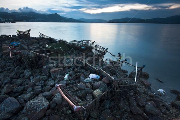 Lixo praia noite água mar rio Foto stock © cozyta