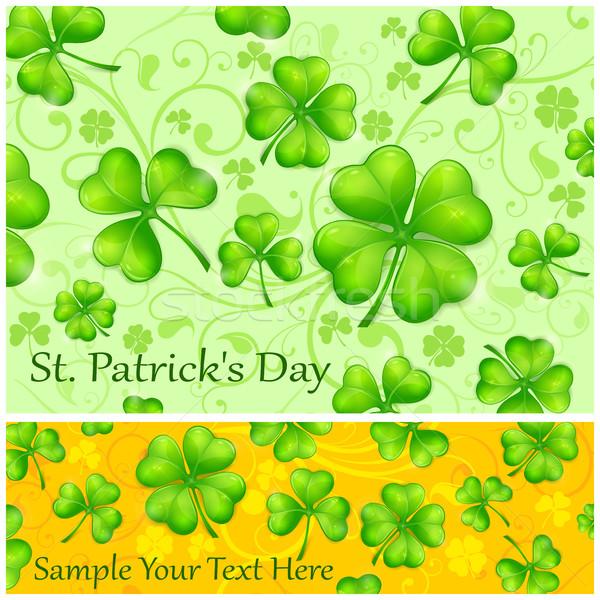 Jour de St Patrick quatre laisse chanceux gousse vert Photo stock © creatOR76