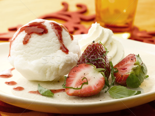 Yemek dondurma çilek taze gıda meyve Stok fotoğraf © crisp