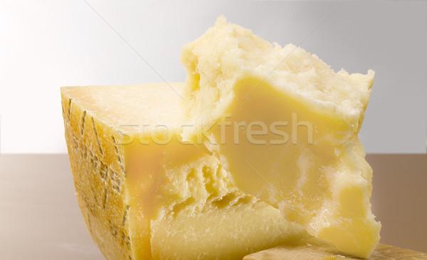 Italiano queijo peças queijo parmesão tabela faca Foto stock © crisp