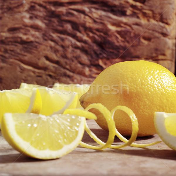 Sarı limon bütün limon kesmek meyve Stok fotoğraf © crisp
