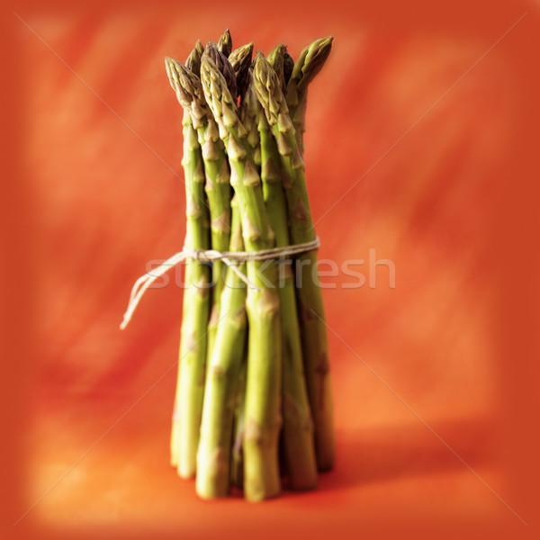 Yeşil turuncu sebze taze sağlıklı kuşkonmaz Stok fotoğraf © crisp