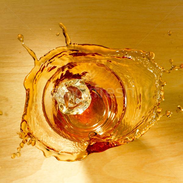 Salpico uísque topo tiro vidro Foto stock © crisp