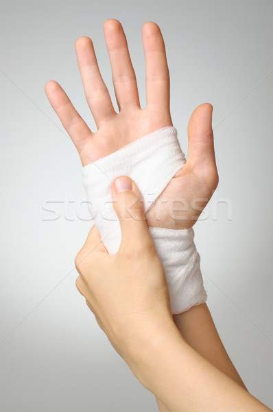 Blessés main bandage douloureux blanche Palm Photo stock © CsDeli
