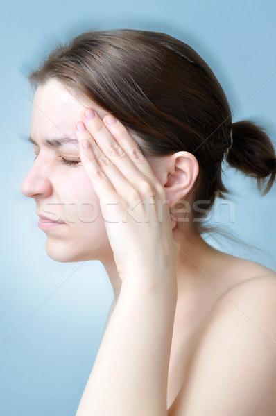 Vrouw lijden hoofdpijn jonge vrouw aanraken hoofd Stockfoto © CsDeli