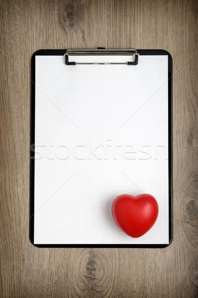 クリップボード 白 紙 心臓の形態 黒 木製 ストックフォト © CsDeli