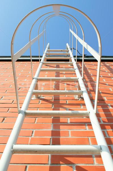 лестнице крыши металл промышленных здании небе Сток-фото © CsDeli