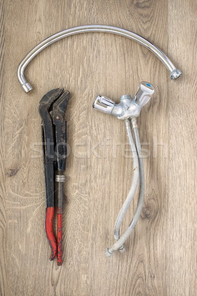 Oude sanitair sleutel tik houten roestige Stockfoto © CsDeli