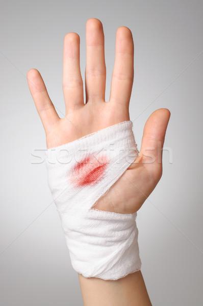 Mão sangrento bandagem branco mulher palma Foto stock © CsDeli