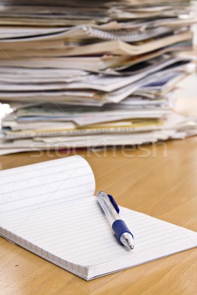 Lápis caderno tabela imprimir documentos imprensa Foto stock © ctacik