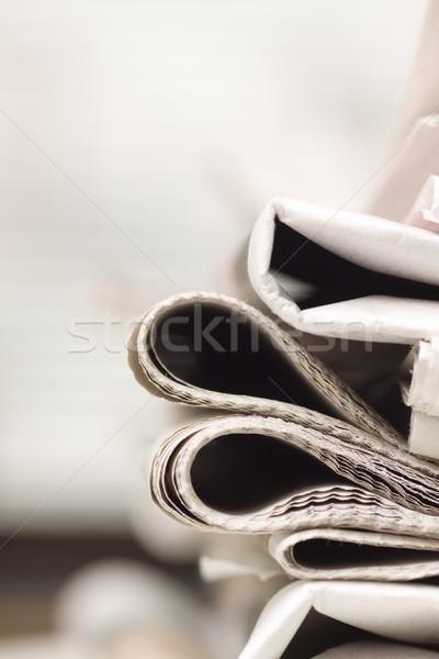 Jornal tabela negócio papel jornal Foto stock © ctacik