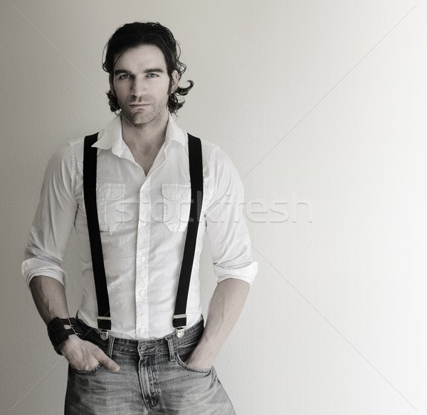 Uomo bretelle ritratto attrattivo Foto d'archivio © curaphotography