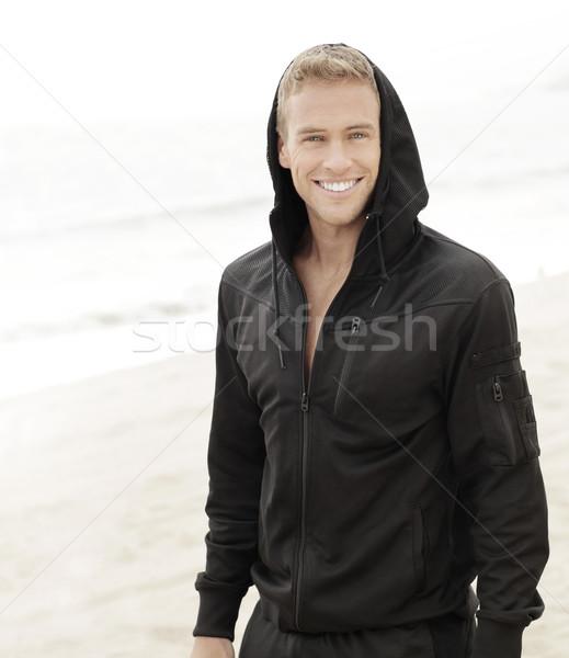 Sorridere giovane outdoor luminoso ritratto uomo Foto d'archivio © curaphotography
