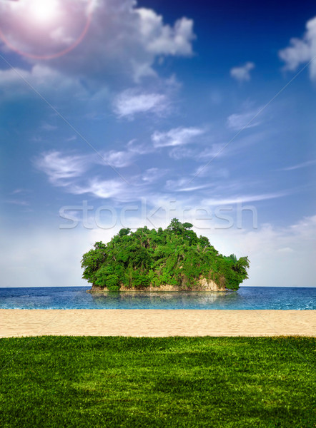 Little island off shore Stock photo © curaphotography