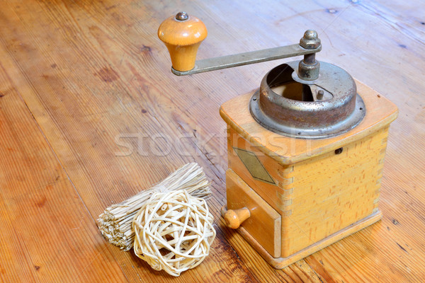 Old coffe grinder Stock photo © cwzahner