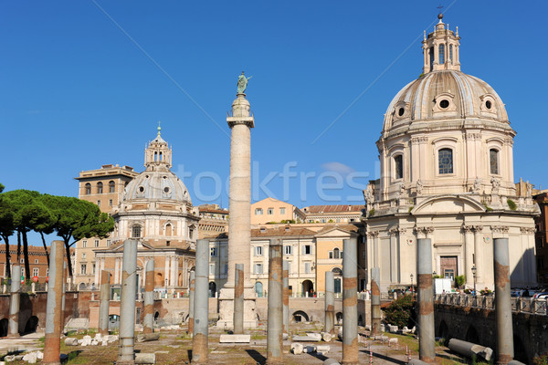 Forum Rome colonne église anciens Photo stock © cynoclub