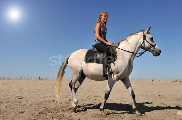 Paardrijden meisje jonge teen strand Stockfoto © cynoclub
