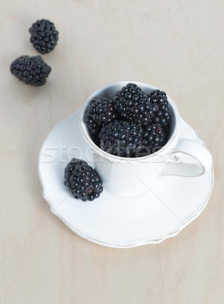 Sweet détails BlackBerry alimentaire feuille fond Photo stock © cypher0x