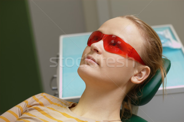 女性 赤 保護眼鏡 歯科 オフィス 若い女性 ストックフォト © d13