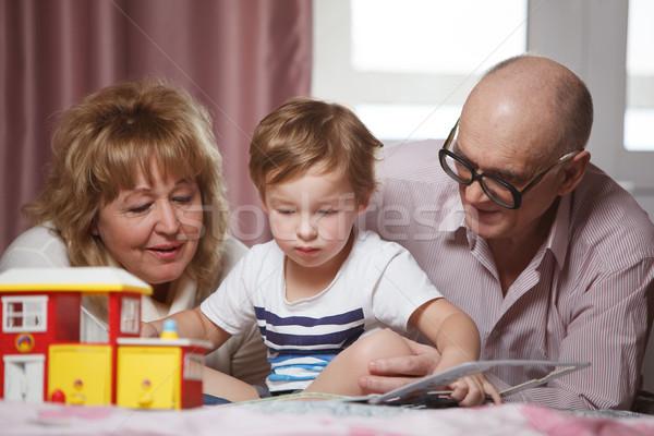 Szczęśliwy czasu wnuk dziadkowie cute gry Zdjęcia stock © d13