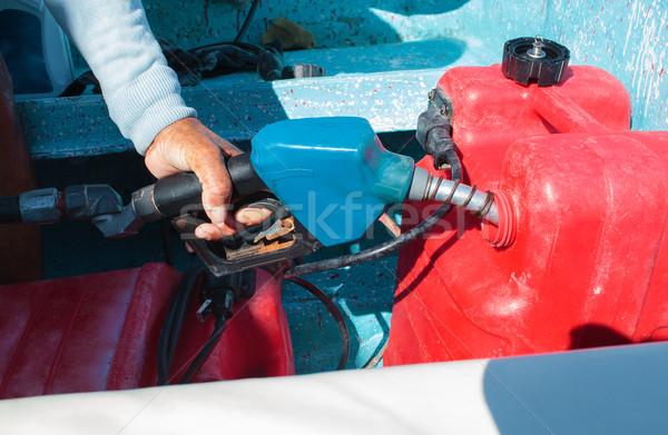 Férfi tank motorcsónak utazás közelkép lövés Stock fotó © d13