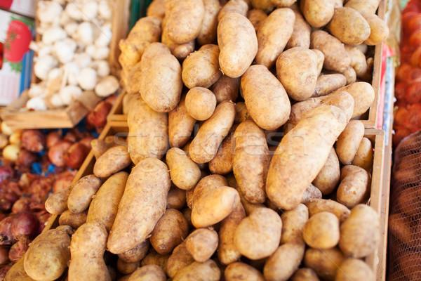 Barna bőr krumpli étel piac közelkép barna Stock fotó © d13