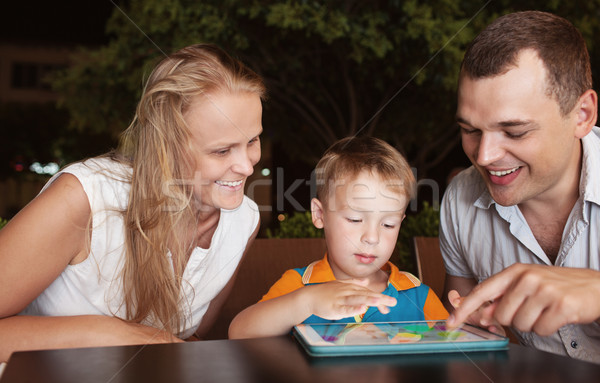 Familie drie tijd cafe jonge Stockfoto © d13