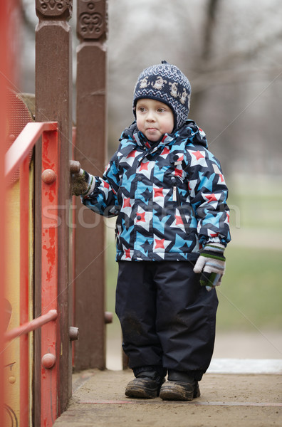 Cute weinig jongen modieus winter kleding Stockfoto © d13
