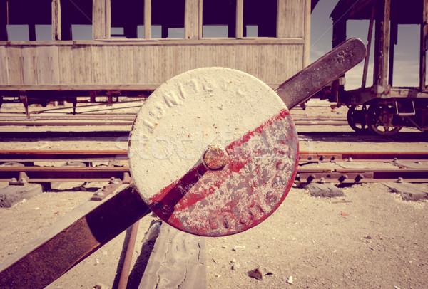 старые железнодорожная станция Боливия пустыне Южной Америке металл Сток-фото © daboost