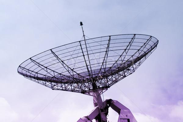 Communicatie radar bewolkt hemel Stockfoto © daboost