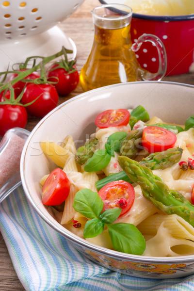 Espargos molho macarrão espaguete Foto stock © Dar1930