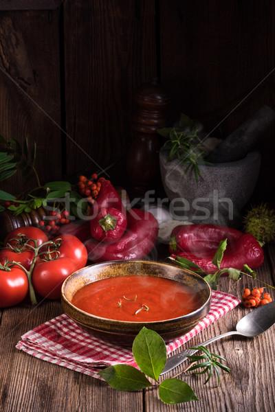 Rustykalny zupa pomidorowa kuchnia czerwony pomidorów oliwy Zdjęcia stock © Dar1930