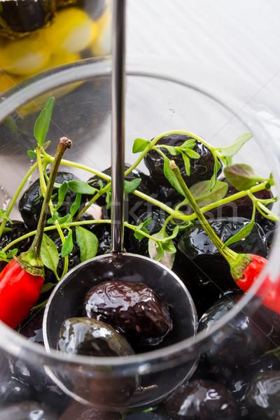 Fűszeres marinált olajbogyók étel háttér saláta Stock fotó © Dar1930