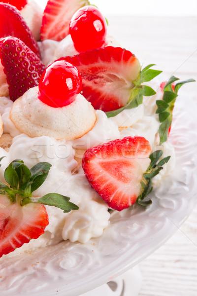 Dessert carta uovo piatto fragola bianco Foto d'archivio © Dar1930