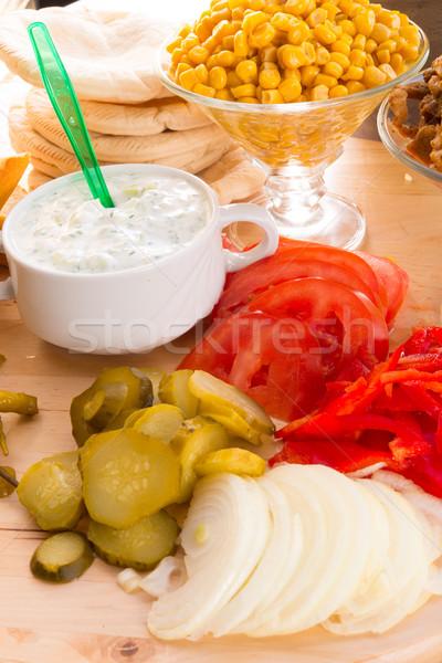 Pita hozzávalók buli kenyér vacsora saláta Stock fotó © Dar1930